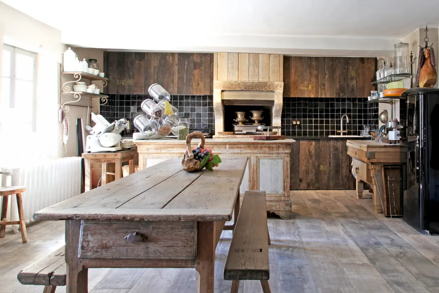 Cuisine campagne chic: comment adopter ou revisiter le style rustique?