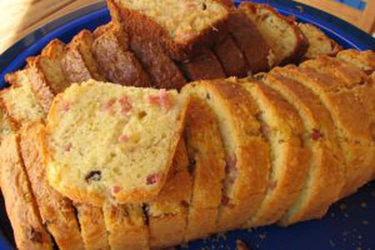 Cake au jambon et aux champignons