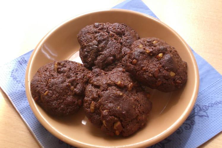 Cookies au chocolat et éclats de noix