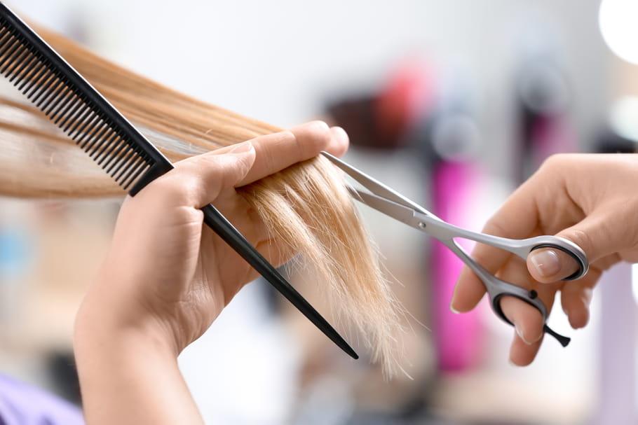 John Nollet et d'autres coiffeurs s'engagent pour coiffer les soignants