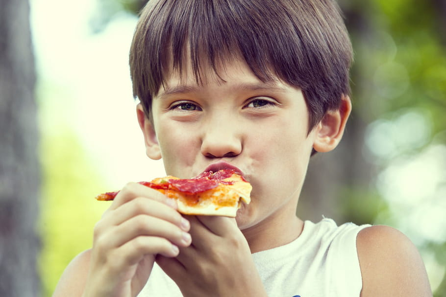Les enfants américains mangent trop salé