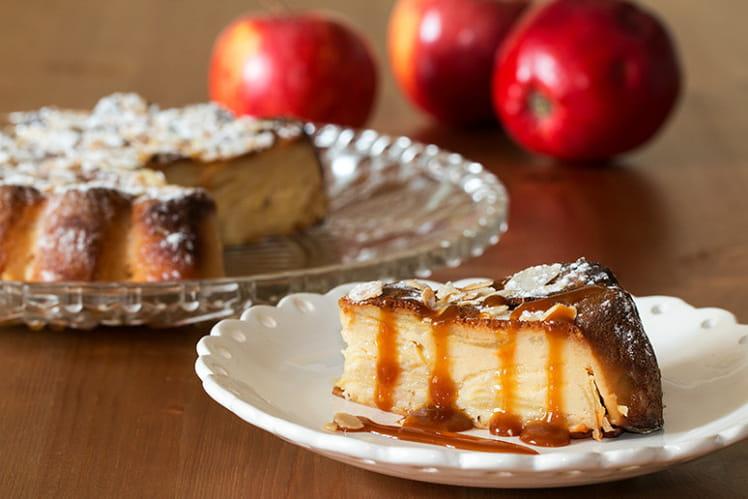 Gâteau invisible aux pommes et caramel au sirop d'érable