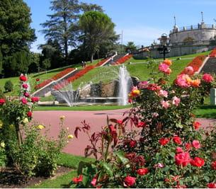 Un jardin remarquable for Piscine jardin valence