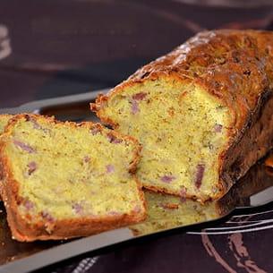 cake aux oignons, bacon et curry