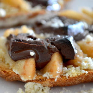 tartines poires, chocolat et amandes