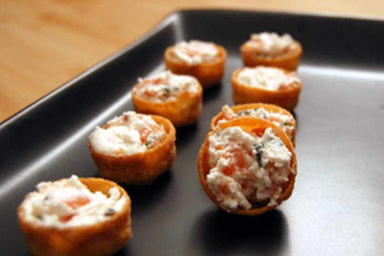 Croustades chèvre-saumon
