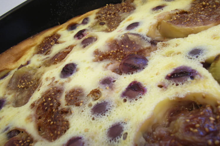 Clafoutis mi-figue mi-raisin