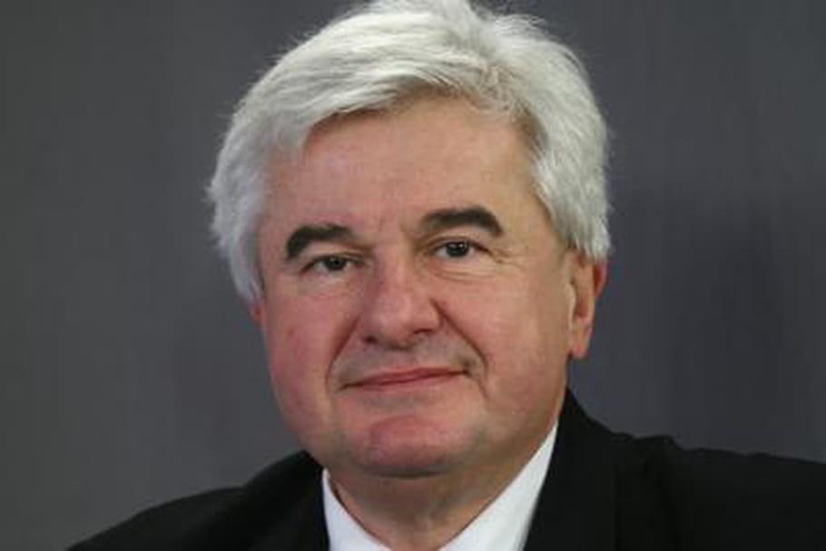Éric Raoult, accusé de harcèlement sexuel