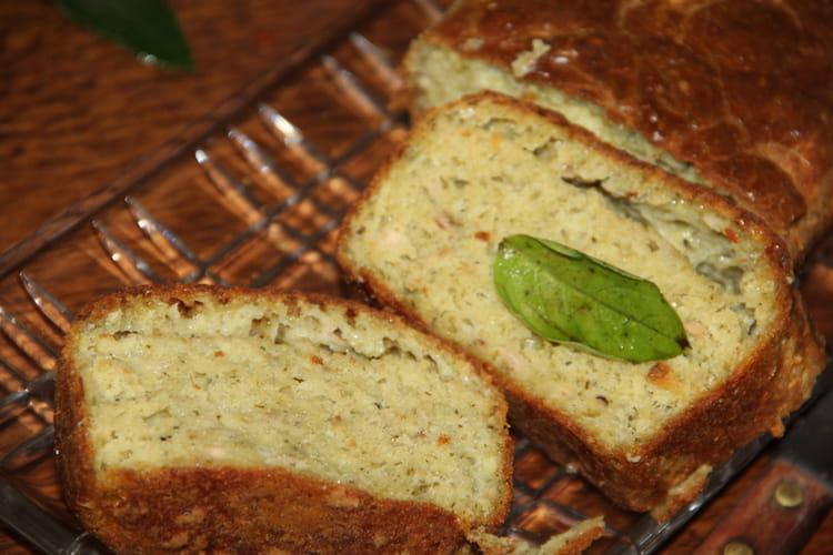 Cake au thon et au pesto de basilic