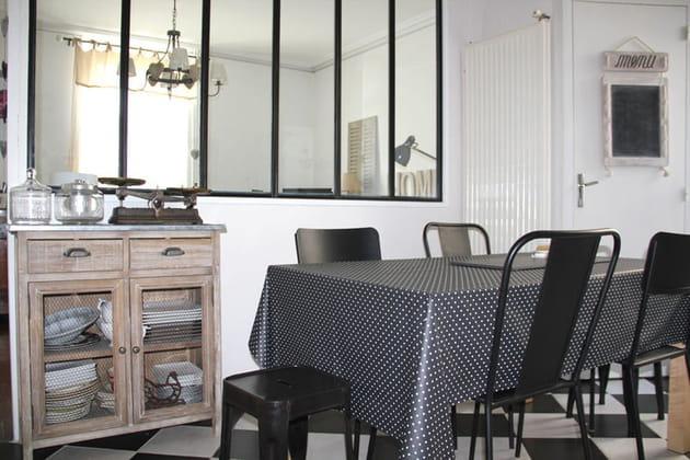 Entre salon et cuisine