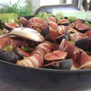 salade aux figues et jambon de pays