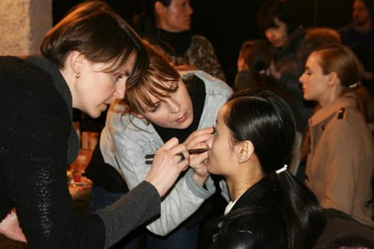 Fashion week prêt-à-porter automne-hiver 2011-2012 : les coulisses du défilé Aganovich 2