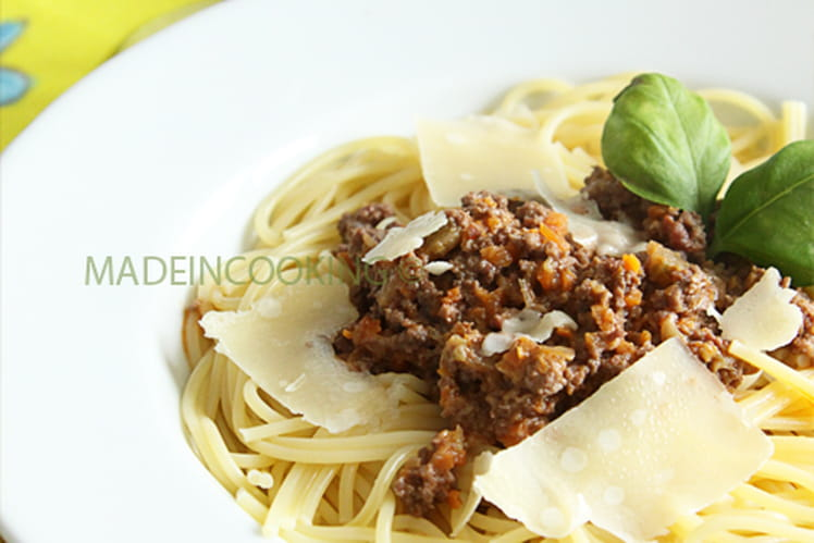 Recette De Spaghetti Ragu Alla Bolognese La Recette Facile