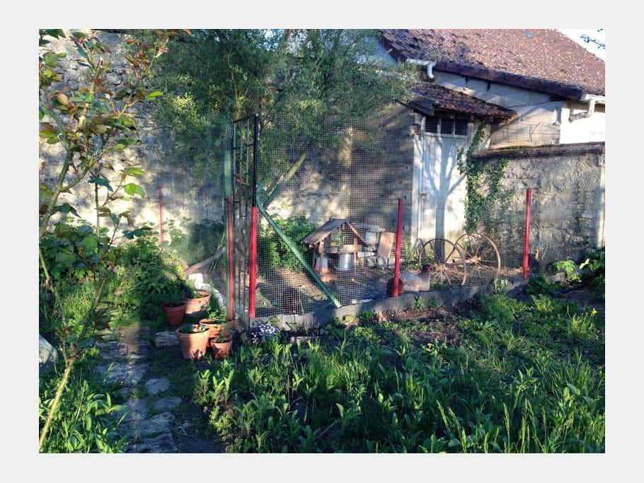 Le Poulailler Au Fond Du Jardin La Maison De Laura Une