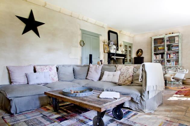Grand canapé pour accueillir la famille au complet