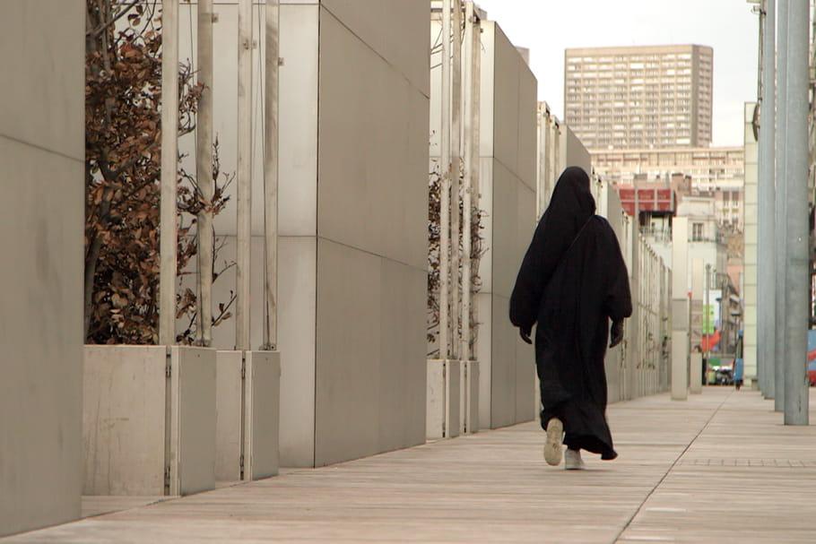 Hijab, jilbab, niqab, burqa…: éclairage sur les différents voiles