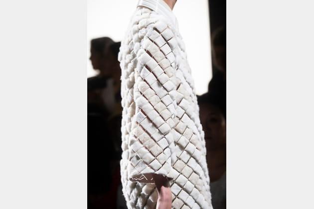 Fendi Couture (Close Up) - photo 22