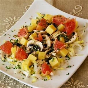 salade d'endives, de champignons et de pamplemousse rose au comté et aux graines