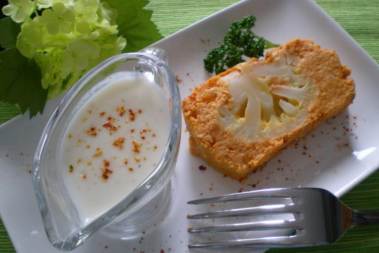 Pain de chou-fleur et sauce blanche à la crème