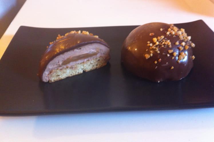 Dôme chantilly chocolat praliné coeur caramel beurre salé
