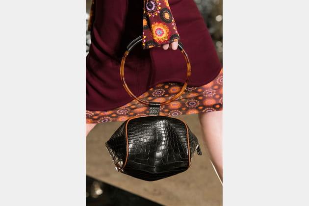 Givenchy (Close Up) - photo 30