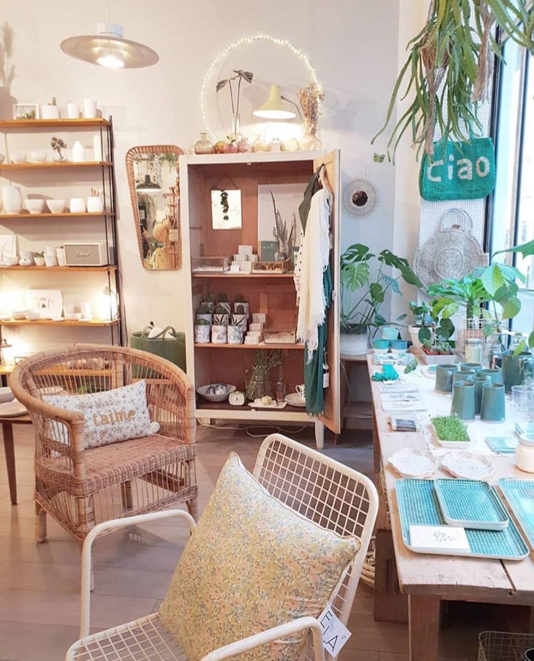 boutique-les-fleurs-paris