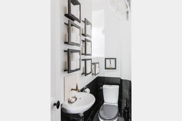 De jolis WC entre noir et blanc