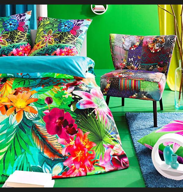 Linge de lit réversible et fauteuil à motifs Helline