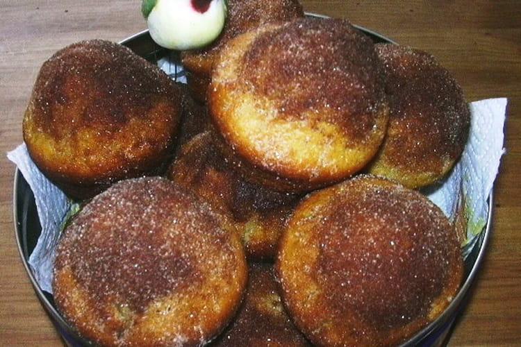 Petits cakes au sucre et à la cannelle