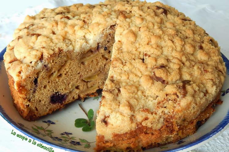 Gâteau crumble aux pommes irlandais - Irish apple crumble cake with blackberries