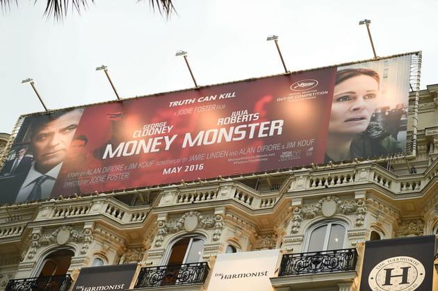 Les affiches des films habillent les hôtels