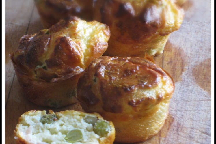 Muffin à la ricotta, jambon et petits pois