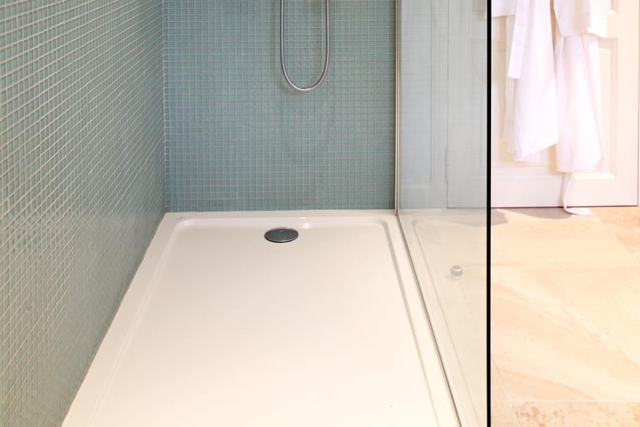 Receveur de douche : comment le poser ?