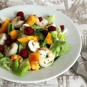 salade de crevettes, framboises et nectarine