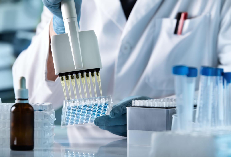 Origines du coronavirus: en France, naturelle, artificielle?