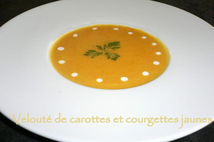 Velouté de carotte et courgette jaune à la badiane