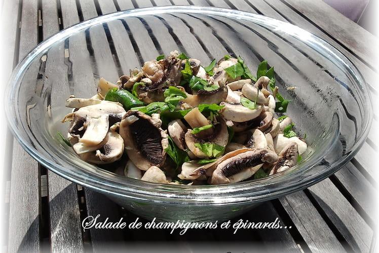 Salade de champignons et épinards