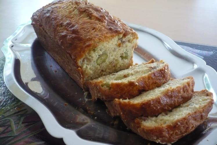 Cake au thon et olives farcies au citron