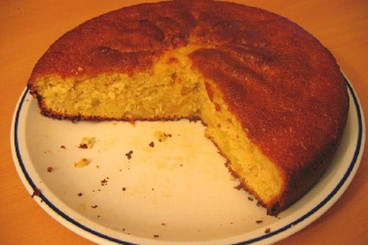 Gâteau moelleux parfumé à l'orange