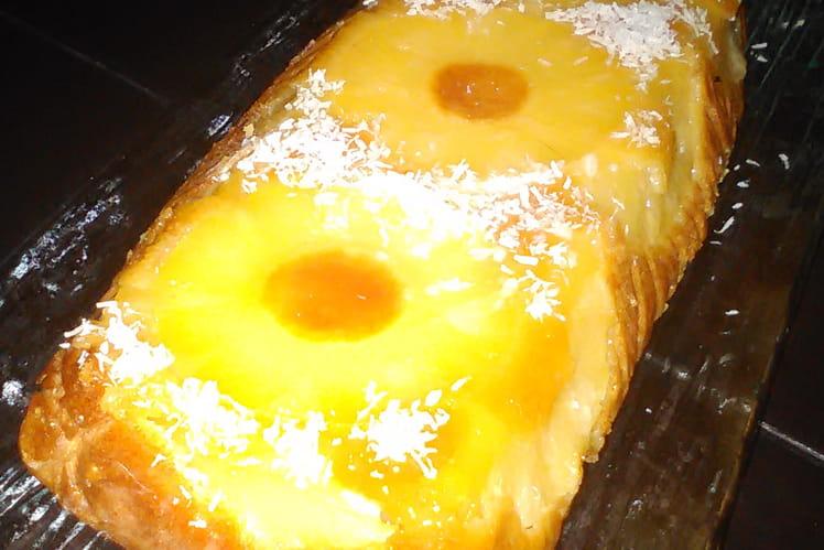 Bûche exotique à l'ananas