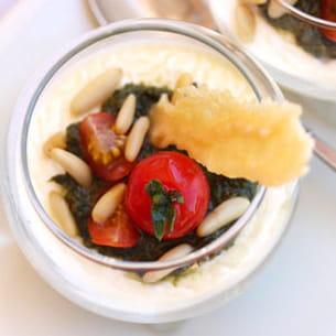 panna cotta au parmesan et pesto au basilic