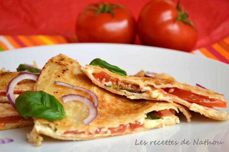 Quesadillas tomate, mozzarella, basilic