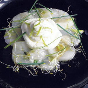 chantilly au citron vert sur carpaccio de st jacques