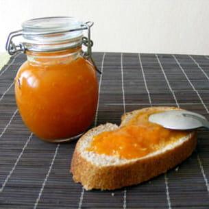 confiture d'abricots à la fleur d'oranger