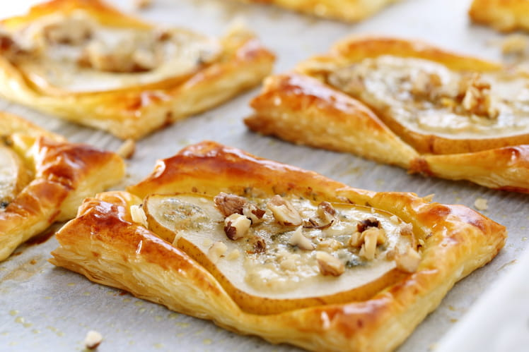 Tartelettes feuilletées aux poires et gorgonzola