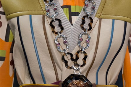 Prada (Close Up) - photo 52