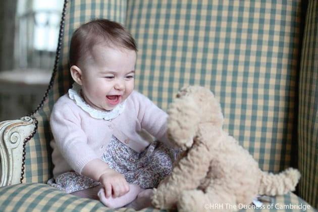Charlotte, en plein fou rire