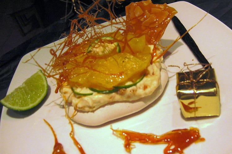 Pavlova ananas citronné et nougatine au beurre salé