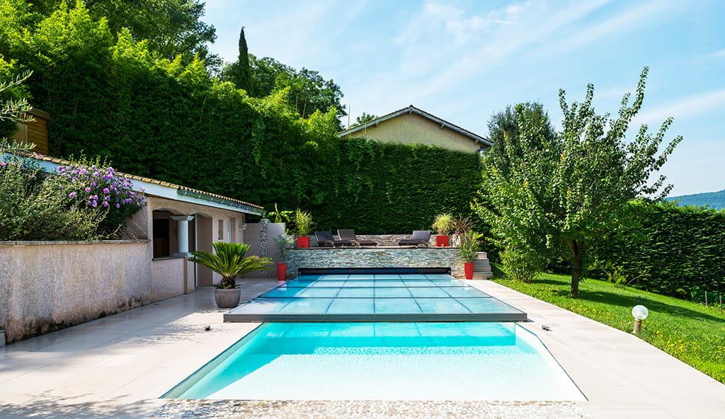 Abri de piscine quel mod le choisir for Abri piscine relevable