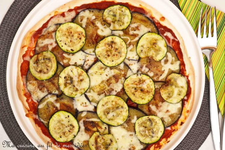 Pizza-wrap aux courgettes et aubergines grillées